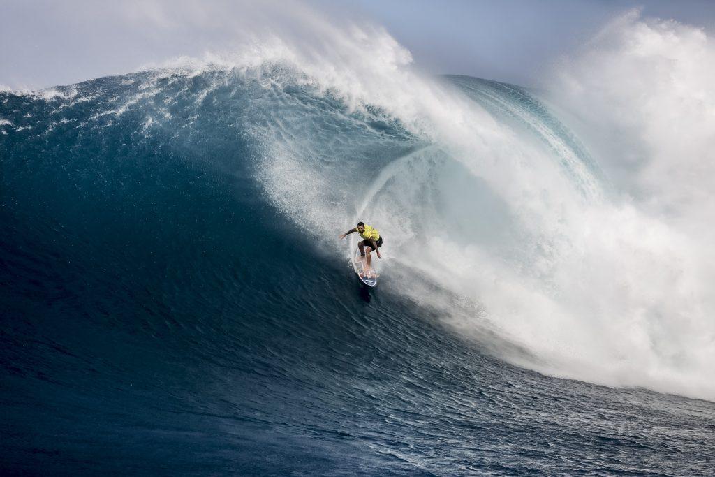 Los hawaianos ganan el Campeonato Big Wave de Jaws en la isla de Maui