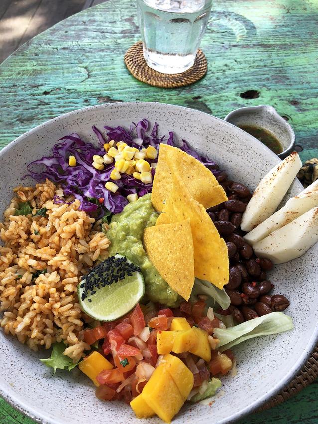 Alimentación surfista: Qué comer antes y después de surfear