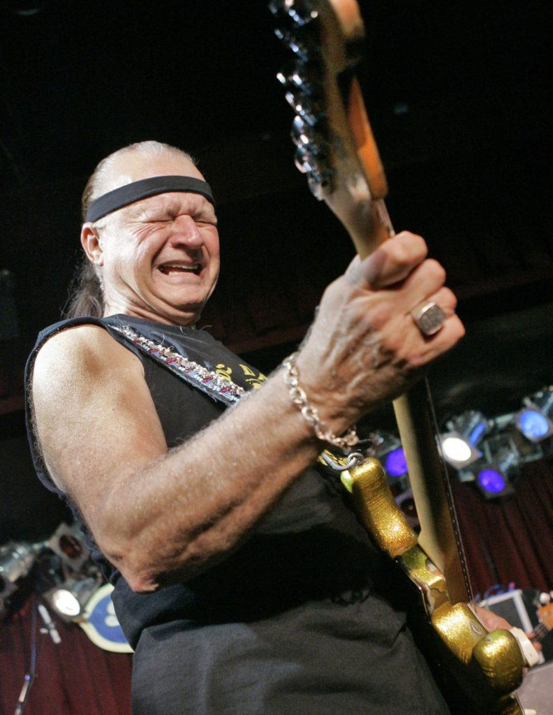 Dick Dale: El rey de la guitarra surfera